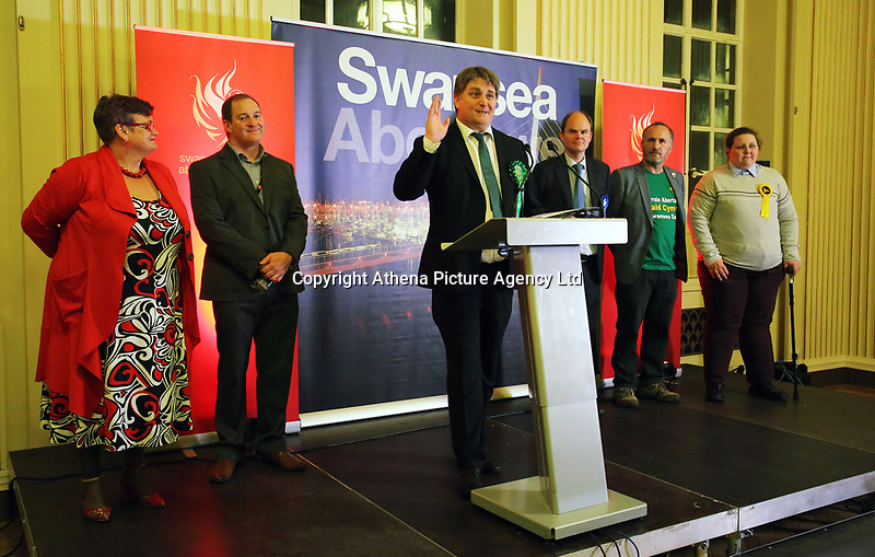 Pictured: Chris Evans of the Green Party (C). Friday 09 June 2017<br /> Re: Counting of ballots at Brangwyn Hall for the general election in Swansea, Wales, UK