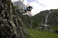 Bryn Atkinson ..GT bicycles  ..Engelberg  , Switerland  June 2007..pic copyright Steve Behr / Stockfile