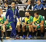 11.01.2019, Mercedes Benz Arena, Berlin, GER, BRA vs. FRA, im Bild <br /> Coach Washington Silva (BRA), Spielerbank<br /> <br />      <br /> Foto &copy; nordphoto / Engler