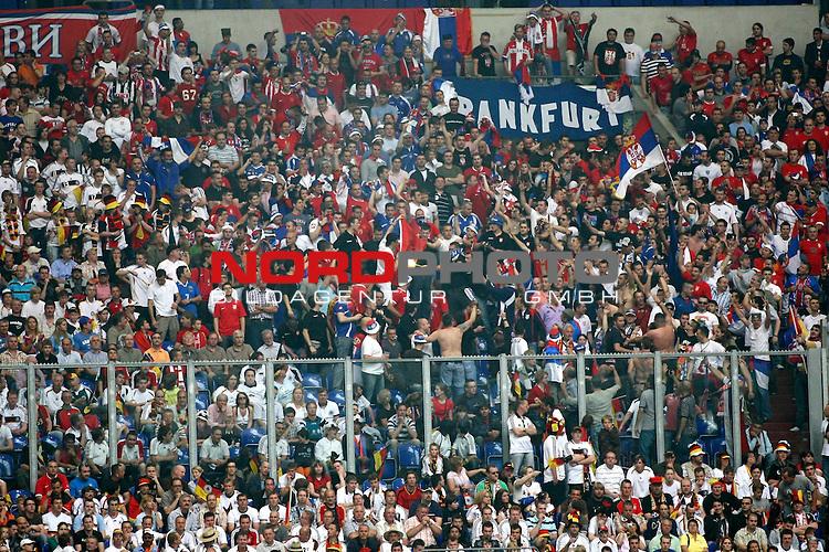 EM 2008 Testspiel Deutschland gegen Serbien am 31.05.2008 in Gelsenkirchen<br /> <br /> Fans Z&uuml;nden mit einer Bengalischen Fackel eine Fahne des Kosovo an.<br /> <br /> Foto &copy; nph (  nordphoto  ) *** Local Caption ***