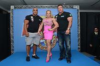 RIO DE JANEIRO, RJ, 26 JULHO 2012 - ANUNCIO DO ARNOLD CLASSIC BRASIL- Os campeos de Fisiculturismo, Denis james dos Estados Unidos, Simone Oliveira do Brasil e Bob Cidrenilho dos Estados Unidos  na cerimonia de anuncio do evento Arnold Classic Brasil que acontecera em Abril de 2013, englobando diversas modalidades esportivas, deu inicio a 14 edicao do evento Rio Sports Show que inicia amanha dia 27 no Pier Maua, nesta quinta-feira, 26 (FOTO: MARCELO FONSECA / BRAZIL PHOTO PRESS).