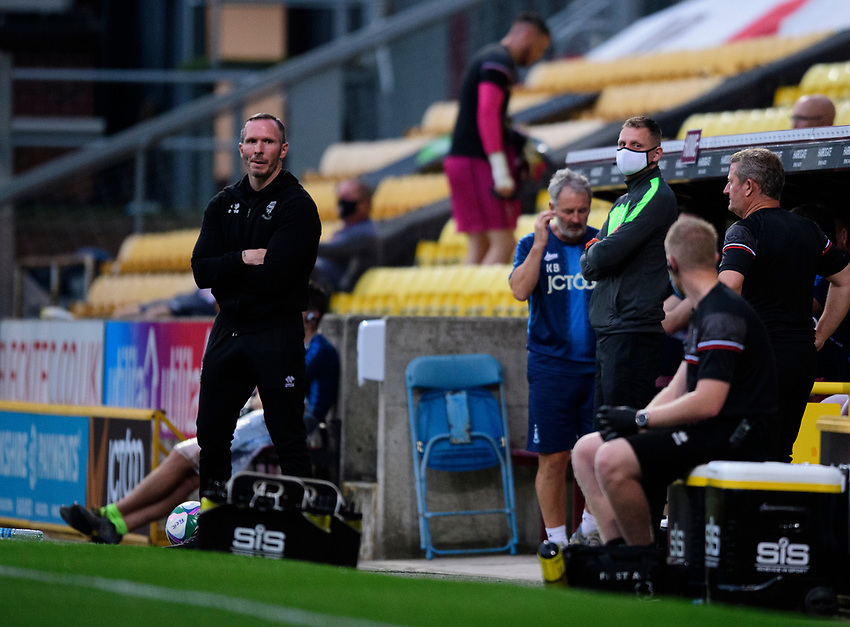 Lincoln City manager Michael Appleton shouts instructions to his team from the technical area<br /> <br /> Photographer Chris Vaughan/CameraSport<br /> <br /> Carabao Cup Second Round Northern Section - Bradford City v Lincoln City - Tuesday 15th September 2020 - Valley Parade - Bradford<br />  <br /> World Copyright © 2020 CameraSport. All rights reserved. 43 Linden Ave. Countesthorpe. Leicester. England. LE8 5PG - Tel: +44 (0) 116 277 4147 - admin@camerasport.com - www.camerasport.com