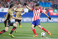 Atletico de Madrid´s Diego Costa (R) during 16th Champions League soccer match at Vicente Calderon stadium in Madrid, Spain. March 11, 2014. (ALTERPHOTOS/Victor Blanco)