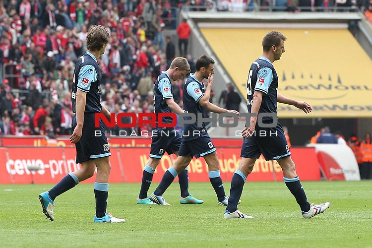28.04.2012, Rhein Energie Stadion, Koeln, GER, 2. FBL, 1. FC Koeln vs 1860 Muenchen, im Bild<br /> Martin Tomasov (Muenchen #14), Kai Buelow (Muenchen #4), Guillermo Vallori (Muenchen #5) und Malik Fathi (Muenchen #15) entaeuscht / ent&auml;uscht / traurig<br /> <br /> Foto &copy; nph / Mueller