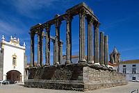 Portugal, römischer Tempel in Evora, Unesco-Weltkulturerbe