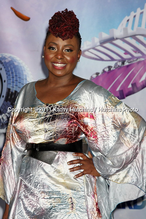 LOS ANGELES - JUN 26:  Ledisi in the Press Room at the 11th Annual BET Awards at Shrine Auditorium on June 26, 2004 in Los Angeles, CA