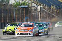 RIO DE JANEIRO, RJ, 21 DE JULHO 2012 - MERCEDES-BENZ GRAND CHALLENGE - 4ª ETAPA - RIO DE JANEIRO - Largada da primeira corrida da 4ª etapa do Mercedes-Benz Grand Challenge, disputado no Autodromo Internacional Nelson Piquet, Jacarepagua, Rio de Janeiro, neste sábado, 21. FOTO BRUNO TURANO  BRAZIL PHOTO PRESS