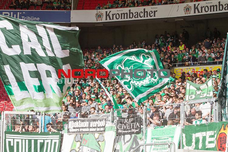 12.04.2015, Mercedes Benz Arena, Stuttgart, GER, 1.FBL,  VFB Stuttgart vs. SV Werder Bremen, im Bild die Bremer Fans machen stimmung<br /> <br />  Foto &copy; nordphoto / Straubmeier