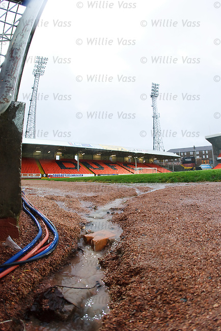 A river appears at tannadice as the match is abandoned
