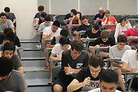 Campinas (SP), 12/01/2020 - Vestibular-Unicamp - Candidatos realizam prova no Ciclo Básico II da Unicamp para a segunda fase do Vestibular 2020 neste domingo (12) em Campinas.