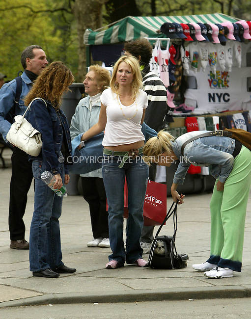 WWW.ACEPIXS.COM . . . . .  ....NEW YORK, MAY 3, 2005....Jewel takes a walk up Central Park West with two friends and a dog in a bag.....Please byline: Ian Wingfield - ACE PICTURES..... *** ***..Ace Pictures, Inc:  ..Craig Ashby (212) 243-8787..e-mail: picturedesk@acepixs.com..web: http://www.acepixs.com