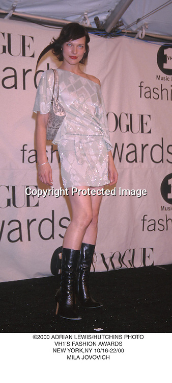 ©2000 ADRIAN LEWIS/HUTCHINS PHOTO.VH1'S FASHION AWARDS.NEW YORK,NY 10/16-22/00.MILA JOVOVICH