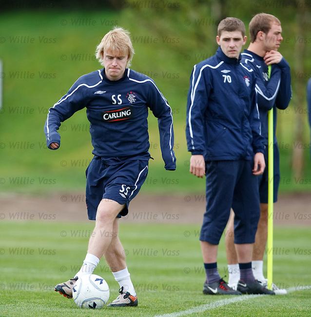 Steven Smith training