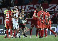 CALI - COLOMBIA, 02-05-2019: Jugadores del América celebran después del partido por la fecha 19 de la Liga Águila I 2019 entre América Cali y Cúcuta Deportivo jugado en el estadio Pascual Guerrero de la ciudad de Cali. / Players of América celebrate after match for the date 19 as part of Aguila League I 2019 between America de Cali and Cucuta Deportivo played at Pascual Guerrero stadium in Cali. Photo: VizzorImage / Gabriel Aponte / Staff