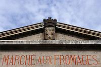 France/15/Cantal/Aurillac: Fronton du marché aux fromages place du Buis