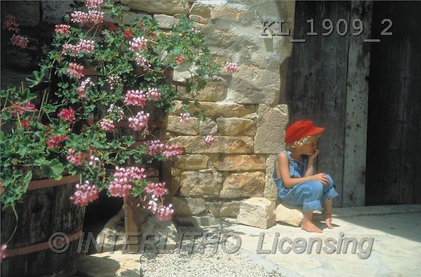 Interlitho, CHILDREN, photos, boy, wall, flowers(KL1909/2,#K#) Kinder, niños