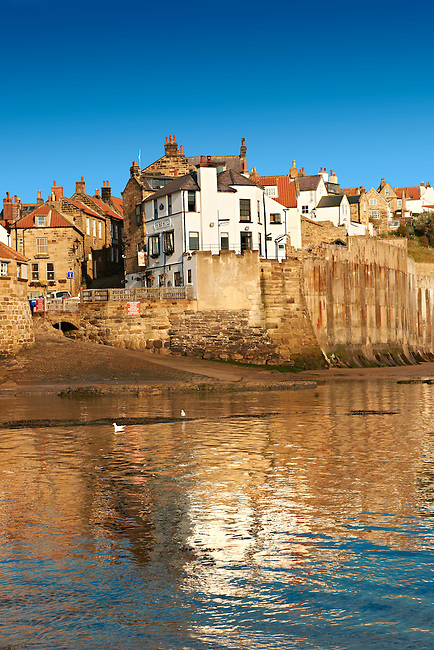 Beach & slipway of historic fishing village of Robin Hood's Bay, Near Whitby, North Yorkshire, England.