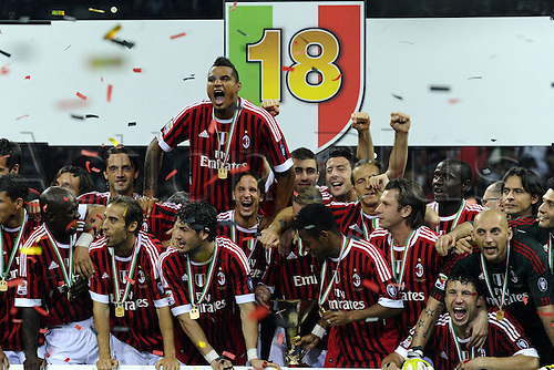 14 05 2011 Milan, Italy.  Series A Milan Cagliari  Photo Milan team picture in celebrations. . AC Milan drew 0-0 with Cagliari but won the Serie A tile for the 18th time.