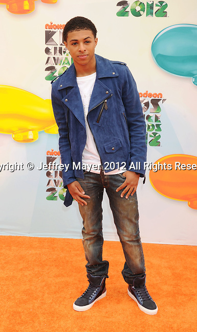 LOS ANGELES, CA - MARCH 31: Diggy Simmons arrives at the 2012 Nickelodeon Kids' Choice Awards at Galen Center on March 31, 2012 in Los Angeles, California.