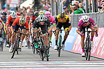Sam Bennett (IRL) Bora-Hansgrohe outsprints Maglia Ciclamino Elia Viviani (ITA) Quick-Step Floors to win Stage 7 of the 2018 Giro d'Italia, a flat stage running 159km from Pizzo to Praia a Mare, Italy. 11th May 2018.<br /> Picture: LaPresse/Fabio Ferrari | Cyclefile<br /> <br /> <br /> All photos usage must carry mandatory copyright credit (&copy; Cyclefile | LaPresse/Fabio Ferrari)