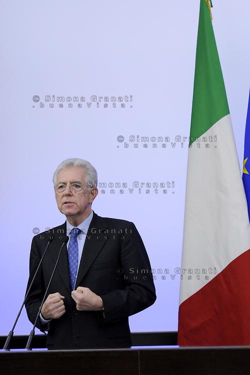 Roma, 4 Dicembre 2011.Il Governo Monti presenta alla stampa la manovra economica..Mario Monti