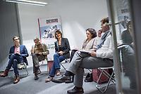 Mitgliederversammlung von Reporter ohne Grenzen - RoG - am Donnerstag den 8. November 2018 in Berlin.<br /> Im Bild vlnr.: Der taz-Journalist und RoG-Vorstandsmitglied Martin Kaul; der RoG Vorstandsvorsitzende Michael Rediske; die Stern-Journalistin und RoG Vorstandsvorsitzende Katja Gloger; die Journalistin und RoG Vorstandsmitglied Gemma Poerzgen; RoG Geschaeftsfuehrer Christian Mihr. <br /> 8.11.2018, Berlin<br /> Copyright: Christian-Ditsch.de<br /> [Inhaltsveraendernde Manipulation des Fotos nur nach ausdruecklicher Genehmigung des Fotografen. Vereinbarungen ueber Abtretung von Persoenlichkeitsrechten/Model Release der abgebildeten Person/Personen liegen nicht vor. NO MODEL RELEASE! Nur fuer Redaktionelle Zwecke. Don't publish without copyright Christian-Ditsch.de, Veroeffentlichung nur mit Fotografennennung, sowie gegen Honorar, MwSt. und Beleg. Konto: I N G - D i B a, IBAN DE58500105175400192269, BIC INGDDEFFXXX, Kontakt: post@christian-ditsch.de<br /> Bei der Bearbeitung der Dateiinformationen darf die Urheberkennzeichnung in den EXIF- und  IPTC-Daten nicht entfernt werden, diese sind in digitalen Medien nach &sect;95c UrhG rechtlich geschuetzt. Der Urhebervermerk wird gemaess &sect;13 UrhG verlangt.]