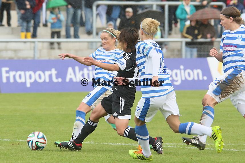 Kozue Ando (FFC) gegen Stefanie Weichelt (MSV) - 1. FFC Frankfurt vs. MSV Duisburg