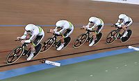 CALI – COLOMBIA – 27-02-2014: Annette Edmondson, Amy Cure, Melissa Hoskins y Isabella King, equipo de Australia, durante la prueba de Persecucion por equipos Damas en el Velodromo Alcides Nieto Patiño, sede del Campeonato Mundial UCI de Ciclismo Pista 2014. / Annette Edmondson, Amy Cure, Melissa Hoskins and Isabella King, Australia Team, during the test of Women´s Team Persuit in Alcides Nieto Patiño Velodrome, home of the 2014 UCI Track Cycling World Championships. Photos: VizzorImage / Luis Ramirez / Staff.