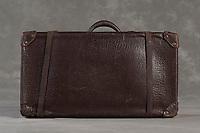 Willard Suitcases / Carlos F / ©2014 Jon Crispin