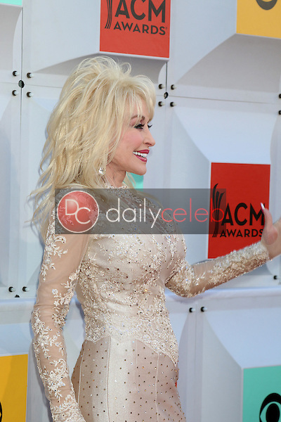 Dolly Parton<br /> at the 2016 Academy of Country Music Awards Arrivals, MGM Grand Garden Arena, Las Vegas, NV 04-03-16<br /> David Edwards/DailyCeleb.com 818-249-4998
