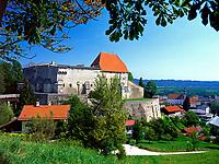 Deutschland, Bayern, Oberbayern, Chiemgau: Burg Tittmoning | Germany, Bavaria, Upper Bavaria, Chiemgau: castle Tittmoning
