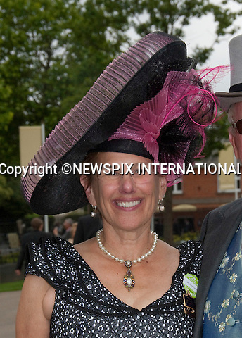 "HAT FASHIONS AT ROYAL ASCOT.Royal Ascot Day 2, Ascot_15/11/2011.Mandatory Photo Credit: ©Shaw/NEWSPIX INTERNATIONAL..**ALL FEES PAYABLE TO: ""NEWSPIX INTERNATIONAL""**..PHOTO CREDIT MANDATORY!!: Newspix International(Failure to credit will incur a surcharge of 100% of reproduction fees)..IMMEDIATE CONFIRMATION OF USAGE REQUIRED:.Newspix International, .31 Chinnery Hill, Bishop's Stortford, ENGLAND CM23 3PS..Tel:+441279 324672  ; Fax: +441279656877..Mobile:  0777568 1153..e-mail: info@newspixinternational.co.uk"