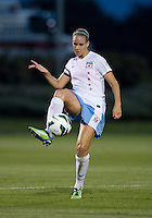Leslie Osborne (12) of the Chicago Red Stars passes the ball during a game at the Maryland SoccerPlex in Boyds, MD.