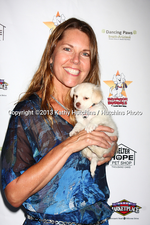LOS ANGELES - JUN 3:  Cynthia J Popp at the Player Concert celebrating Devin DeVasquez 50th Birthday to benefit Shelter Hope Pet Shop at the Canyon Club on June 3, 2013 in Agoura, CA
