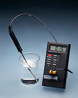 EXOTHERMIC/ENDOTHERMIC REACTIONS<br /> Endothermic: Ammonium nitrate in water<br /> NH4NO3(s) dissolved in water causes the temperature of the water to drop from room temperature, 25 degC, to 15 degC.  Heat of solution for ammonium nitrate is +25.7 kJ/mol.