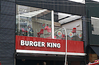 SAO PAULO, SP, 07.02.2014 -  INCENDIO LOJA BURGER KING - SP - Incendio atinge loja da rede de fast food, Burger King da Alameda Santos desta tarde de sexta-feira região central de São Paulo. (Foto: Marcelo Brammer / Brazil Photo Press).