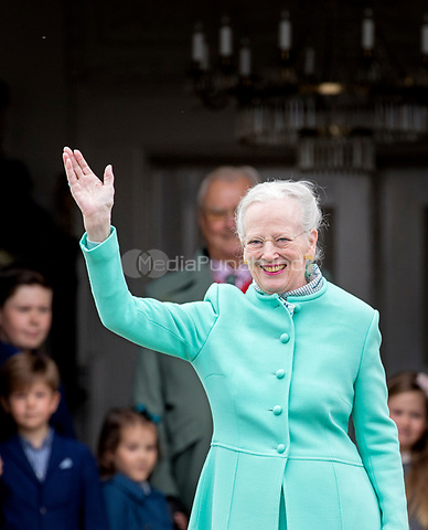 Queen Margrethe of Denmark attends the 77th birthday celebrations of Queen Margrethe at Marselisborg palace in Aarhus, Denmark, 16 April 2017. Photo: Patrick van Katwijk Foto: Patrick van Katwijk/Dutch Photo Press/dpa /MediaPunch ***FOR USA ONLY***