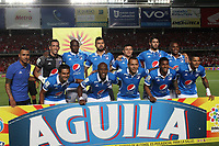 CALI - COLOMBIA, 7-12-2017:Formación de Millonarios.América de Cali y Millonarios durante  el primer partido por la semifinal  ida de la Liga Aguila 2017  entre el América de Cali y Millonarios , jugado en el estadio Pascual Guerrero de la ciudad de Cali. /  Team of Millonarios.America de Cali and Millonarios, during match of the semifinal round of the Aguila League 2017 between America de Cali  and Millonarios, played at the Pascual Guerrero stadium of the city of Cali: Vizzorimage / Felipe Caicedo / Staff
