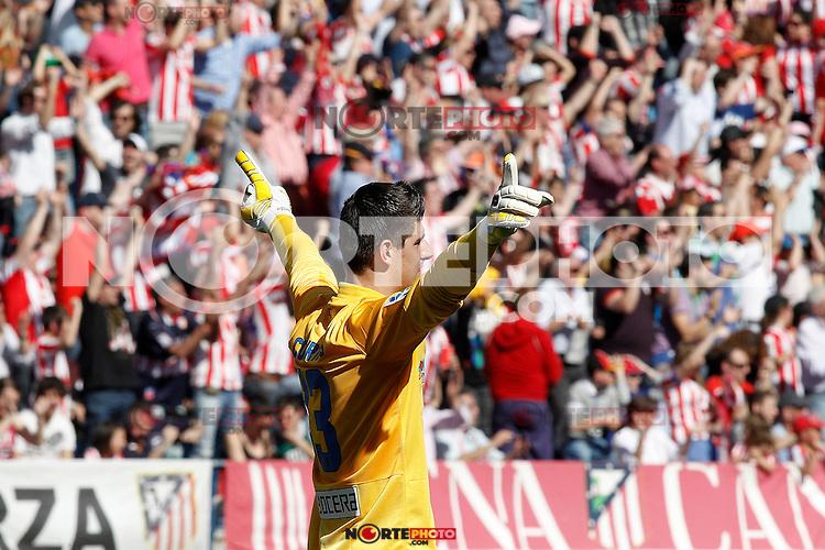 Atletico de Madrid's Thibaut Courtois celebrates goal during La Liga match.April 14,2013. (ALTERPHOTOS/Acero)