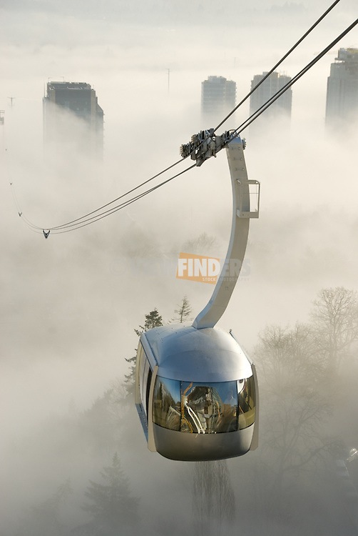 Aerial Tram with fog over the Willamette River.