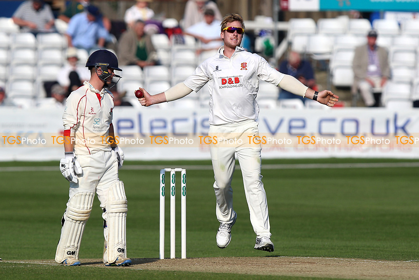 Simon Harmer in bowling action for Essex during Essex CCC vs Lancashire CCC, Specsavers County Championship Division 1 Cricket at The Cloudfm County Ground on 8th April 2017