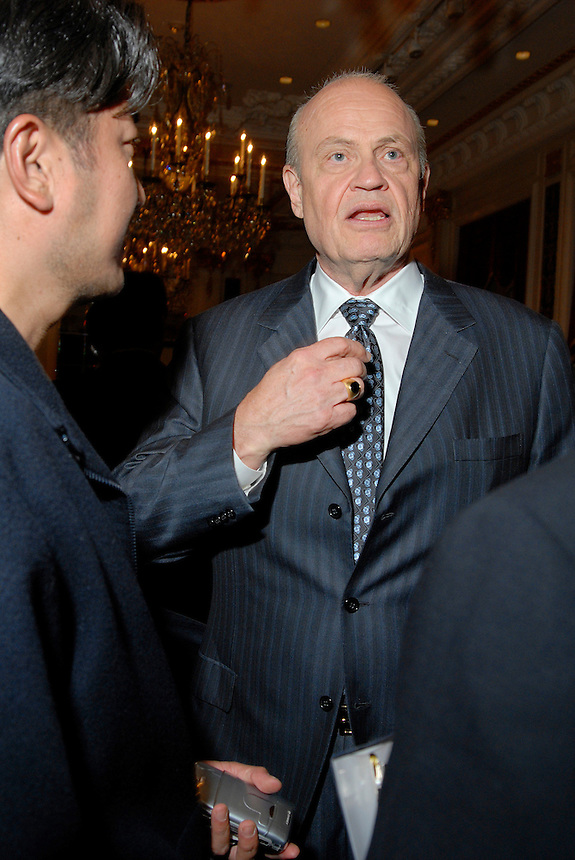 Fred Thompson speaks at event for Guggenheim Advisors on 5/1/07