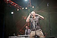 PESCARA (PE) 28/07/2012 - CONCERTO A PESCARA DEL GRUPPO TOSCANO DEI NEGRITA GUIDATA DAL FRONT MAN PAU ALL'ANAGRAFE PAOLO BRUNI.  FOTO DI LORETO ADAMO