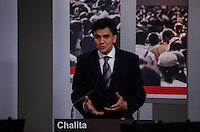 ATENCAO EDITOR FOTO EMBARGADA PARA VEICULO INTERNACIONAL - SAO PAULO, SP , 24 DE SETEMBRO 2012 - DEBATE TV GAZETA - O candidato a prefeitura da cidade de Sao Paulo, Gabriel Chalita (PMDB) durante debate do primeiro turno da tv Gazeta na noite desta segunda-feira, 24 na sede da tv na avenida Paulista. FOTO: VANESSA CARVALHO / BRAZIL PHOTO PRESS.