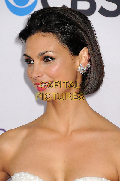 Morena Baccarin.People's Choice Awards 2013 - Arrivals held at Nokia Theatre L.A. Live, Los Angeles, California, USA..January 9th, 2013.headshot portrait pink lisptick strapless ear cuff earring diamond .CAP/ADM/BP.©Byron Purvis/AdMedia/Capital Pictures.