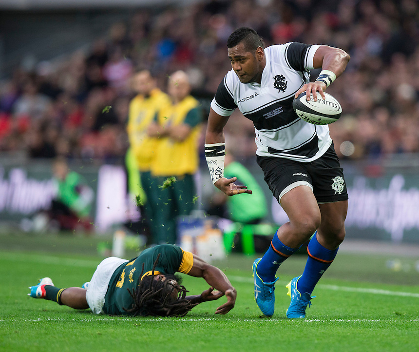 Taqele Naiyaravoro of the Barbarians rides the tackle of Sergeal Petersen of South Africa   Photographer Craig Mercer/CameraSport<br /> <br /> International Rugby Union Friendly - Barbarians v South Africa - Saturday 5th November 2016 - Wembley Stadium - London<br /> <br /> World Copyright &copy; 2016 CameraSport. All rights reserved. 43 Linden Ave. Countesthorpe. Leicester. England. LE8 5PG - Tel: +44 (0) 116 277 4147 - admin@camerasport.com - www.camerasport.com