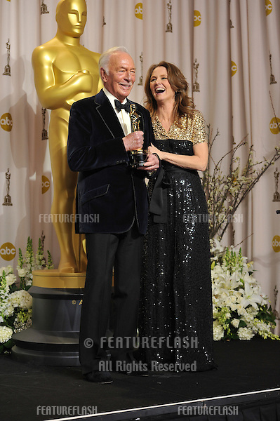 Melissa Leo & Christopher Plummer, winner of Best Supporting Actor for Beginners, at the 82nd Academy Awards at the Hollywood & Highland Theatre, Hollywood..February 26, 2012  Los Angeles, CA.Picture: Paul Smith / Featureflash.