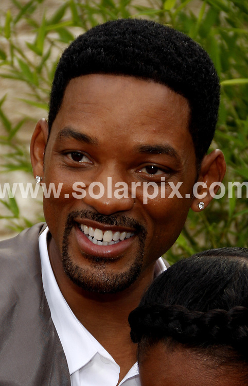 **ALL ROUND PICTURES FROM SOLARPIX.COM**.**SYNDICATION RIGHTS FOR UK, AUSTRALIA, DENMARK, PORTUGAL, S. AFRICA, SPAIN & DUBAI (U.A.E) & ASIA (EXCLUDING JAPAN) ONLY**.The Karate Kid Los Angeles Premiere - Arrivals, Mann Village Theater / Westwood, CA, USA,  07 June 2010.This pic: Will Smith.JOB REF: 11422    PHZ gabber    DATE: 07_06_2010.**MUST CREDIT SOLARPIX.COM OR DOUBLE FEE WILL BE CHARGED**.**MUST NOTIFY SOLARPIX OF ONLINE USAGE**.**CALL US ON: +34 952 811 768 or LOW RATE FROM UK 0844 617 7637**