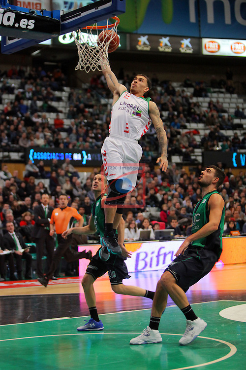 League ACB-Endesa 2015-2016. Game: 16.<br /> FIATC Joventut vs Laboral Kutxa Baskonia: 68-89.<br /> Albert Sabat, Mike James &amp; Albert Ventura.