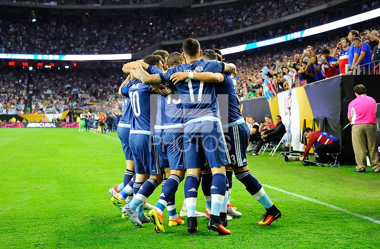 Action photo during the match Unitred States vs Argentina, Corresponding to the Semifinals of the America Cup Centenary 2016 at NRG Stadium.<br /> <br /> Foto  de accion durante el partido Estados Unidos vs Argentina, Correspondiente a la Semifinal de la Copa America Centenario 2016, en el Estadio NRG, en la foto: Ezequiel Lavezzi celebra su gol de Argentina<br /> <br /> <br /> 21/06/2016/MEXSPORT/PHOTOGAMMA/Javier Gonzalez.